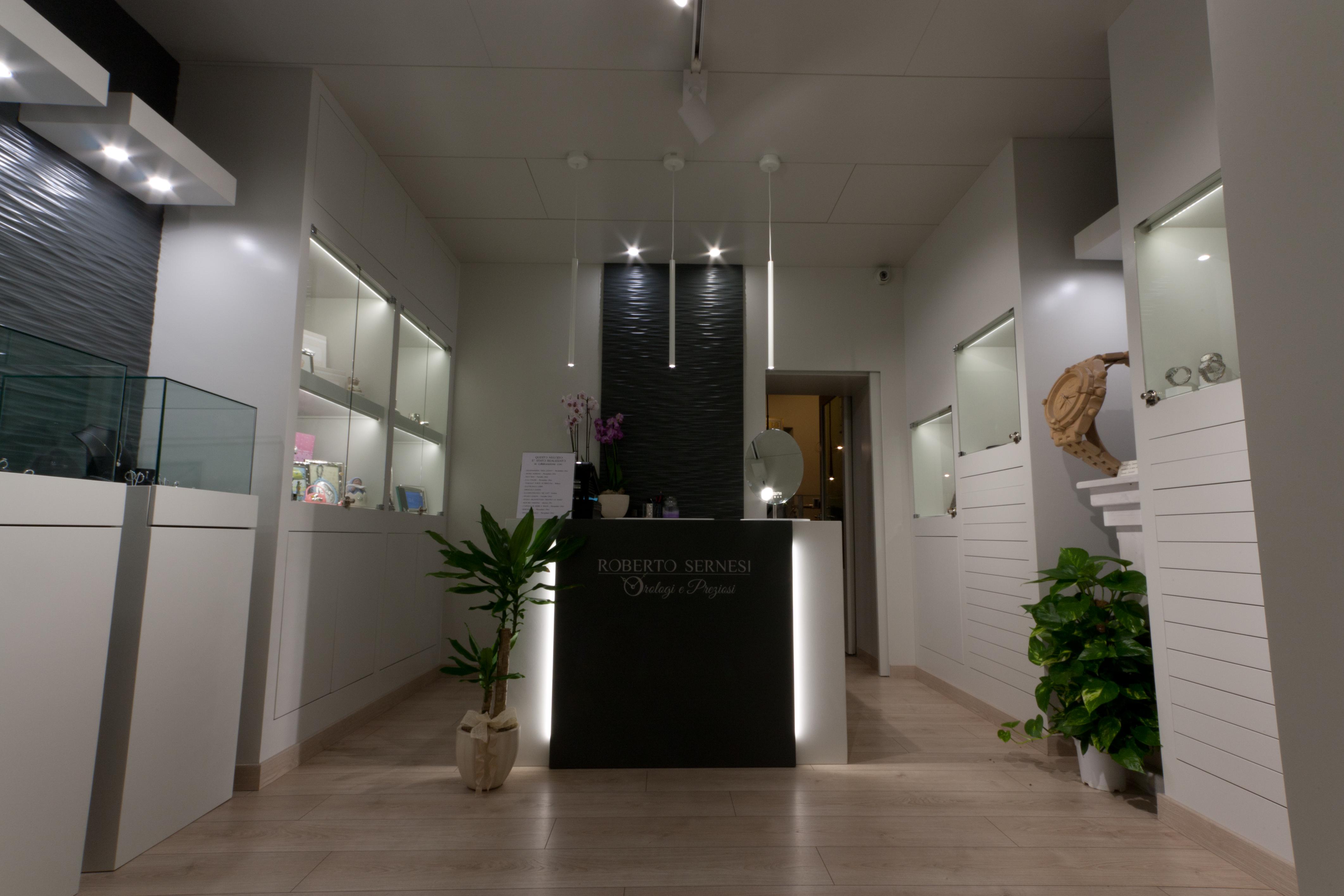 Illuminazione vetrine con i led idee e soluzioni vendita