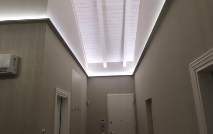 Illuminazione & Faretti: il sito NR 1 per illuminare a led vetrine e negozi